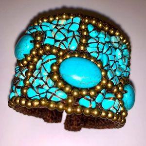 EUC turquoise & brass toned beads cuff bracelet